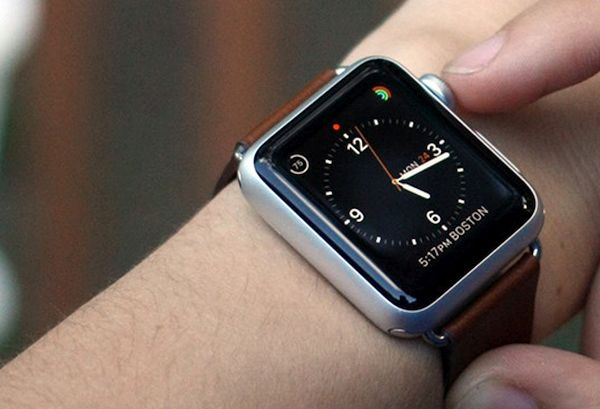 Download watchOS 2.2.1 Apple Watch Firmware Update