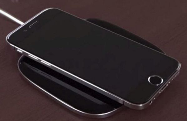 Turn on wireless charging using iPhone case or pad