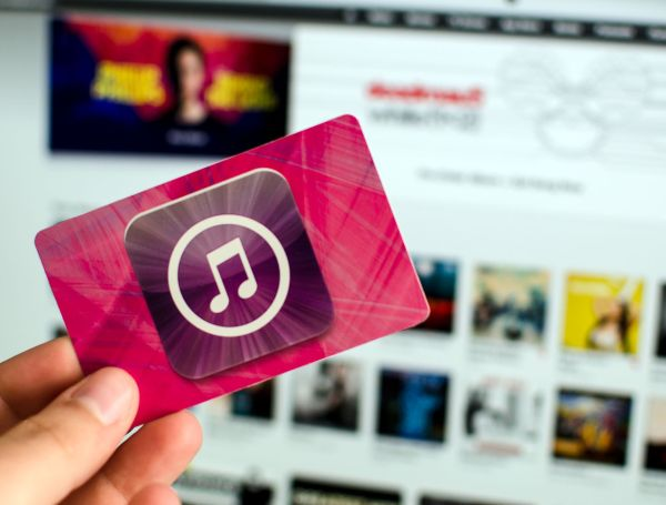 redeem-gift-card-itunes